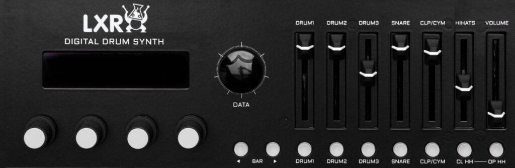 Display und Mixerebene der Instrumente. Erica Synths Drum Synthesizer LXR-02 Test